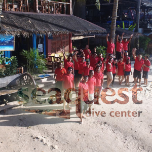 seaquest-dive-center-crew-panglao